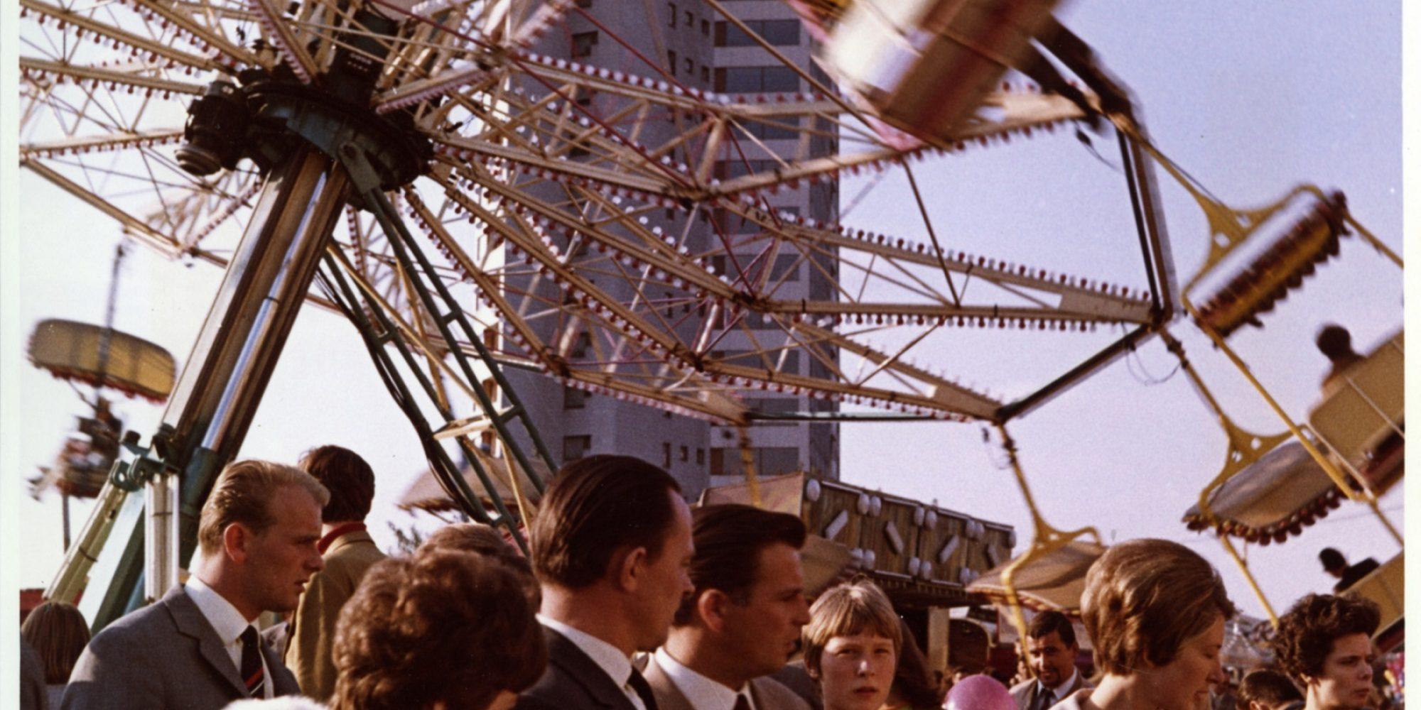 Neue Vahr Bremen, Max Säume, Günter Hafemann, Ernst May, Hans Bernhard Reichow, Alvar Aalto, Wolfgang Bilau, Hans Albrecht Schilling (Farbgestaltung); Karl-August Orf (Landschafts-architektur), 1957-1962, Foto: Franz Scheper © Hamburgisches Architekturarchiv