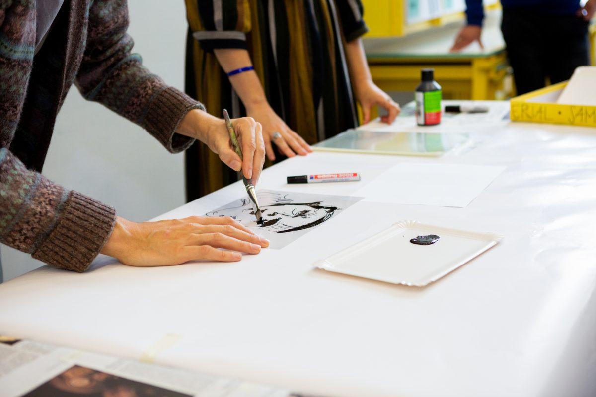 Beim offenen Atelier im KunstWerkRaum kann jeder mitmachen, Foto: Anna Seibel